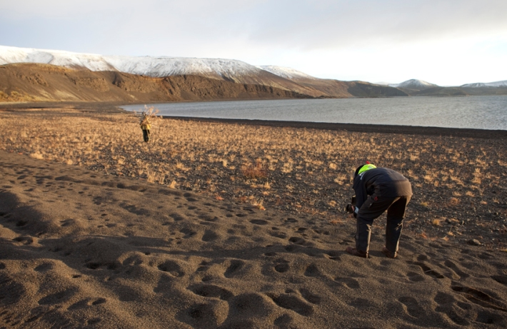 The ever glamorous poses next to the largest lake on the Reykjanes peninsula in Iceland © Riitta Ikonen and Karoline Hjorth