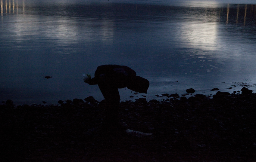 Riitta forgot her torch for this late afternoon material scavenging trip © Karoline Hjorth & Riitta Ikonen